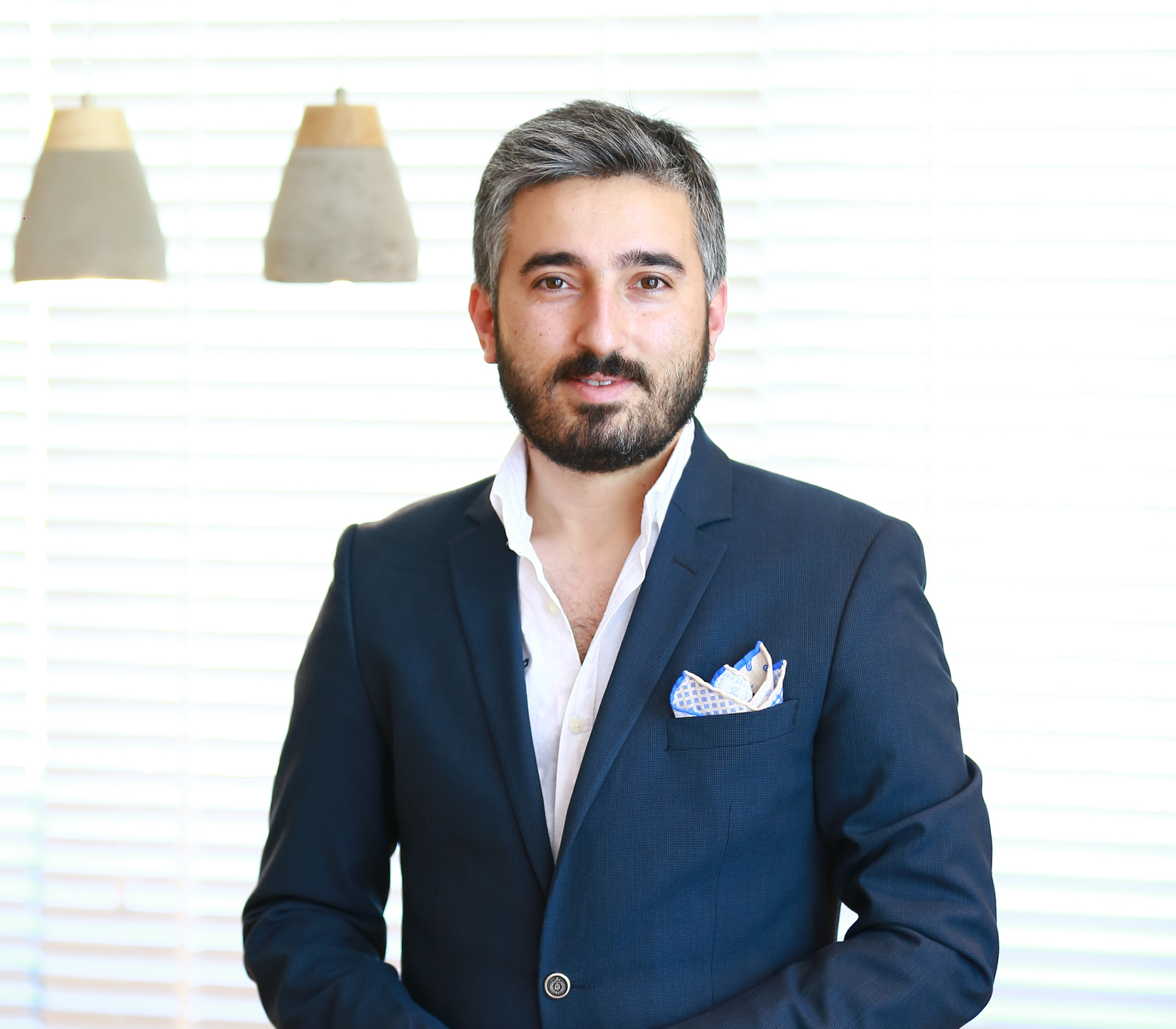 http://www.serkanbariskan.com/wp-content/uploads/2015/11/en-iyi-burun-estetigi-doktoru.jpg